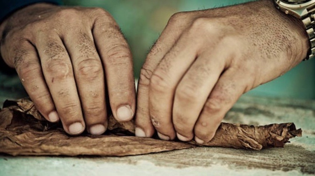 Cuban Cigars Rolled by hand without imperfections - Cuba